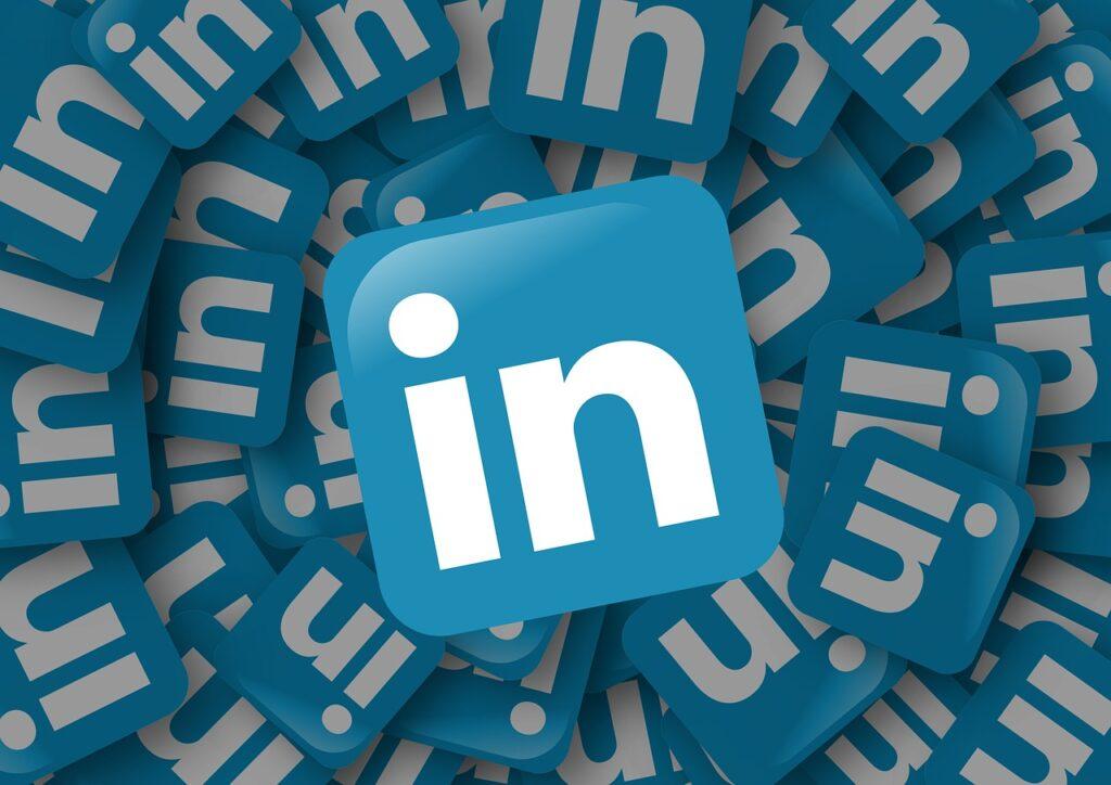 esperti gestione profili linkedin